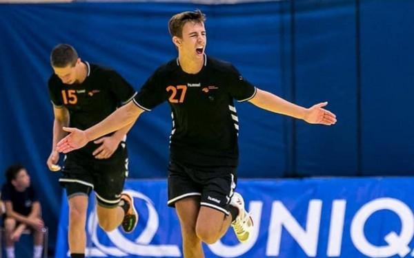 JD Techniek Hurry-Up legt jeugdinternational Van Wieringen vast